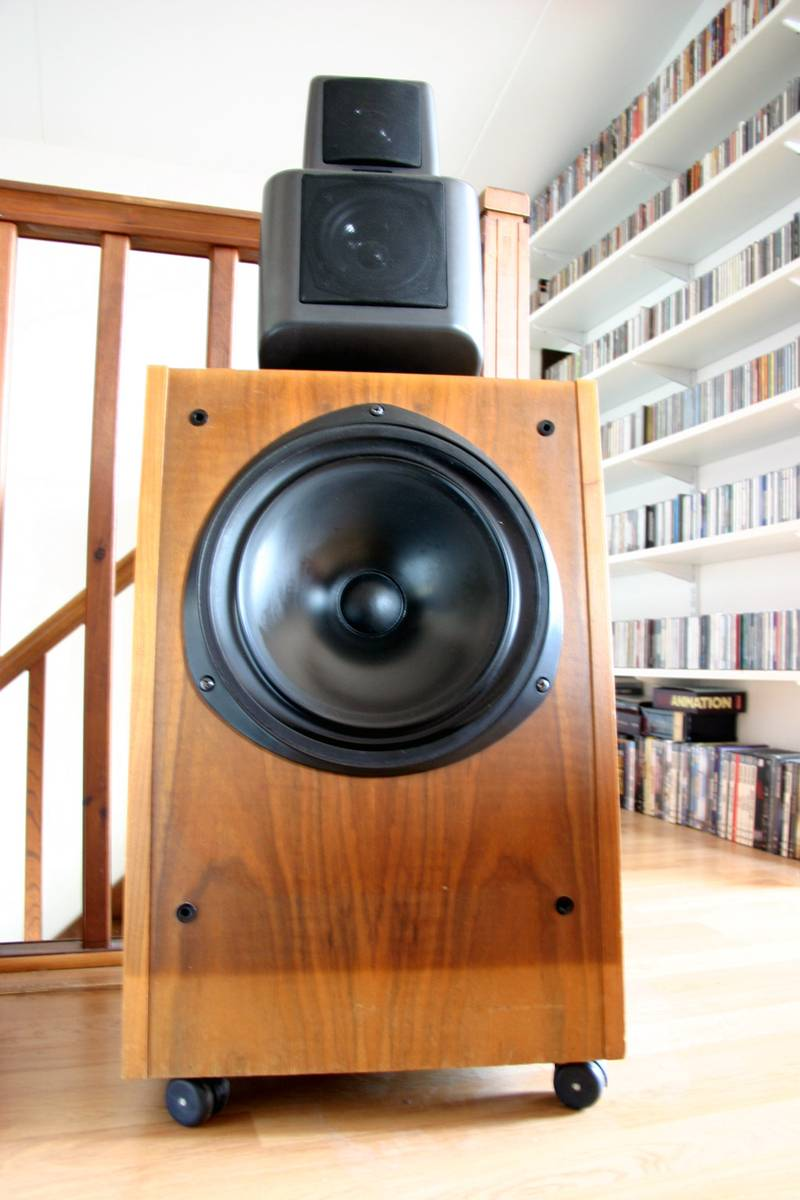 kef 107. hi i would try to trace and listen also the 105.2. a friend of mine owns original 105 great image indeed. maybe bass is little rounded but kef 107