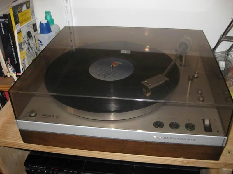 philips ga 212 electronic le forum audiovintage. Black Bedroom Furniture Sets. Home Design Ideas