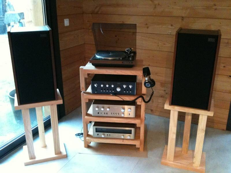 R alisation d 39 un meuble audio en bois massif page 2 le for Meuble audio
