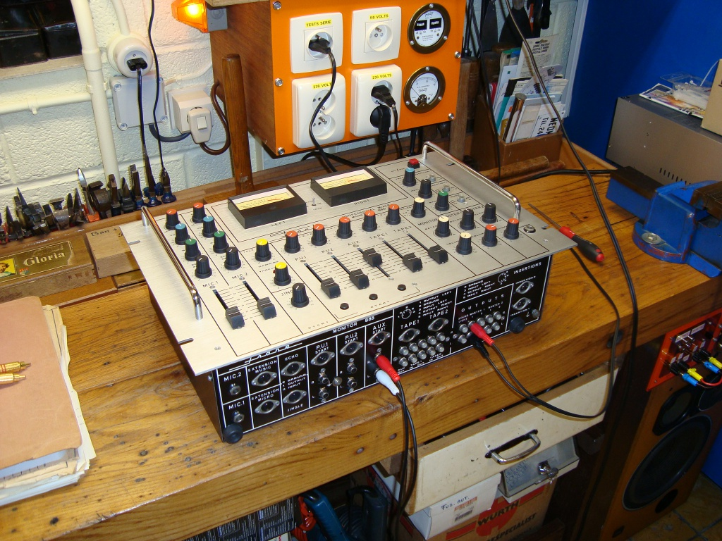 table de mixage frank 682