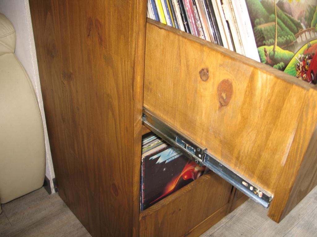 Fabriquer Un Tiroir Coulissant meuble vinyle avec bac coulissant  - page 2 - le forum