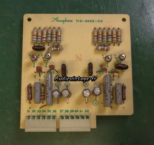 Accuphase E-202 : circuit tonalité révisé.