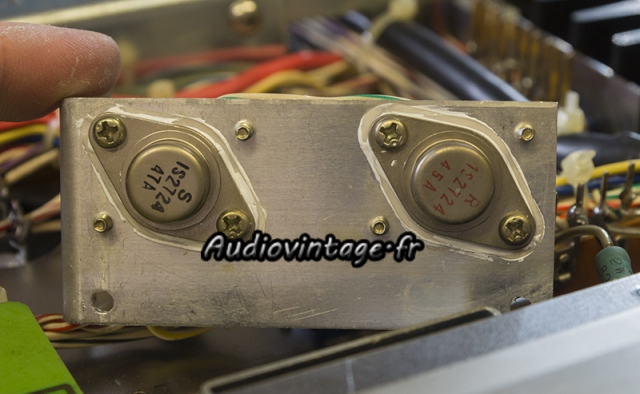 Accuphase E-202 : diodes de redressement.