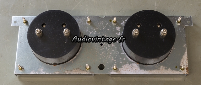 Accuphase P-300 : oxydation encore et toujours...