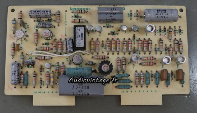 Accuphase P-300 :  circuit de protection à réviser.