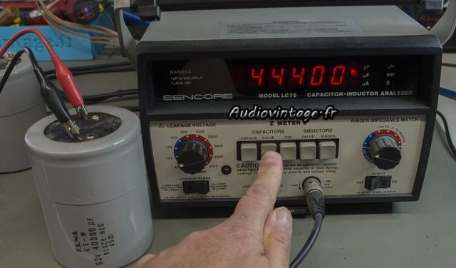 Accuphase P-300 :  capacité correcte mais...
