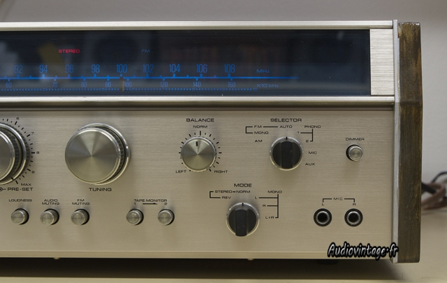 Akai AA-940