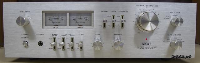 Akai AM-2600