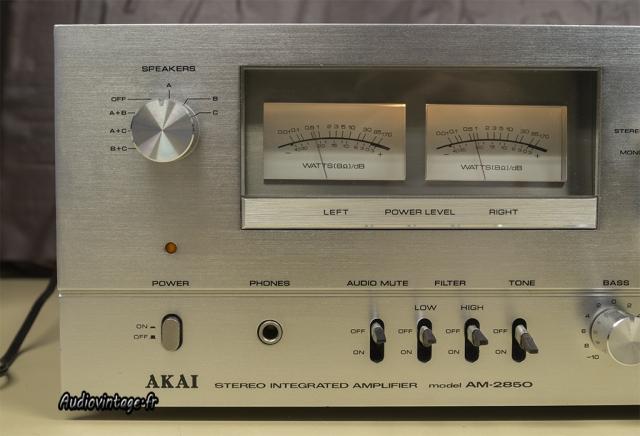 Akai AM-2850