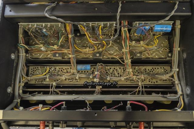 Audio Research D-79A : démontage.