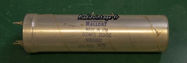 Audio Research D-79A :  condensateur Mallory de plus de 40 ans.