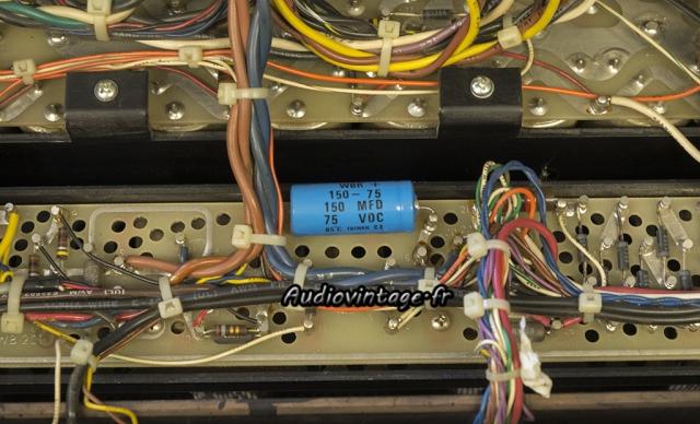 Audio Research D-79A : : condensateur chimique à remplacer.