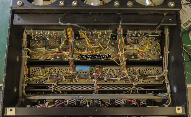 Audio Research D-79A : remontage et nettoyage.