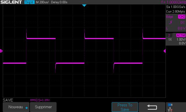 Audio Research SP-7 : signal-carré-à-1khz