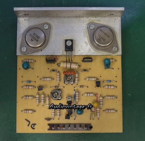 Audioanalyse A9 :  circuit driver à réviser.