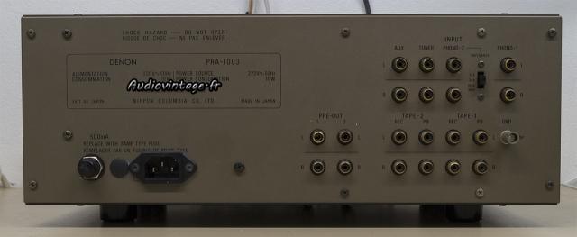 Denon PRA-1003 : connectique complète et de qualité.