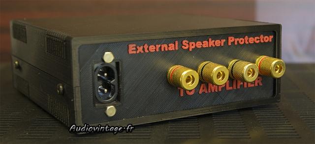 External Speaker Protector : connexions à l'amplificateur.