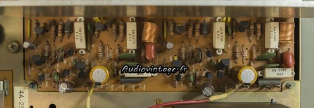 Harman Kardon A401 : circuit d'amplification révisé.