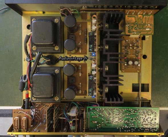 Harman Kardon A402