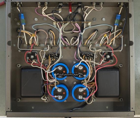 Harman Kardon Citation 12 : condensateurs de filtrage remplacés.