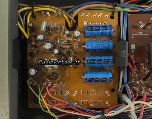 JVC M-3030 : alimentation révisée.