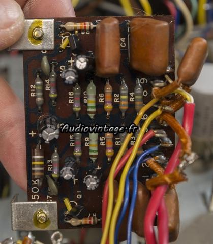 Kenwood KA-6000 : circuit filtre 40hz à revoir.