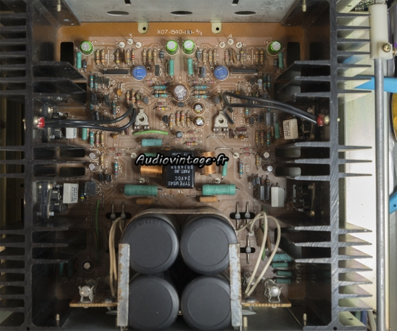 Kenwood KA-8100 : circuit principal révisé.