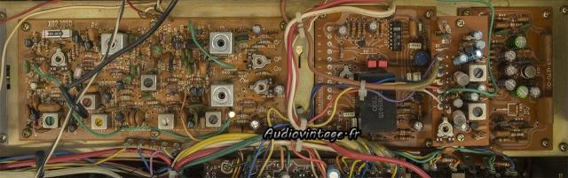 Kenwood KR-9400 : condensateurs chimiques remplacés.
