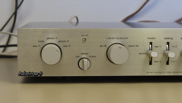 Luxman C-12
