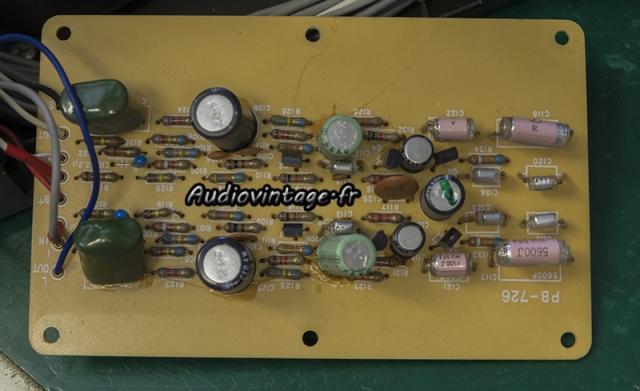 Luxman L-308 : étage phono à réviser.