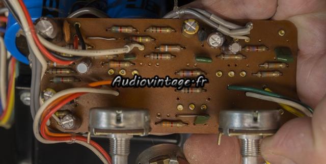 Luxman L-80 : circuit tonalité révisé.