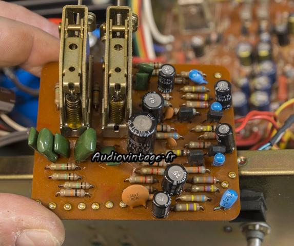 Luxman L-80 : circuit filtre à revoir.