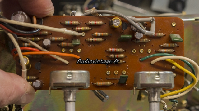 Luxman L-81 : circuit tonalité à revoir.