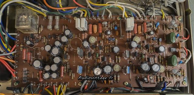 Luxman L-81 : circuit principal à réviser.
