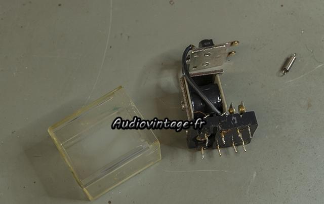 Luxman L-81 : nettoyage du relais.