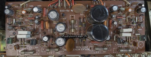 Luxman L-30 : circuit principal à réviser.