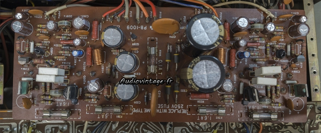 Luxman L-30 : circuit principal révisé.