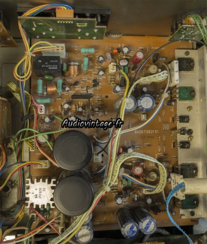 Luxman LV-103
