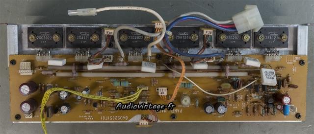 Luxman M-03 : circuit amplification en panne.
