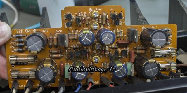 Luxman M-12 : circuit d'alimentation révisé.