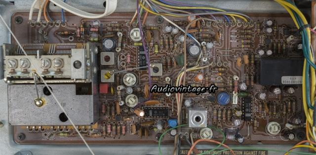 Marantz 2238B : circuit tuner FM avant intervention.