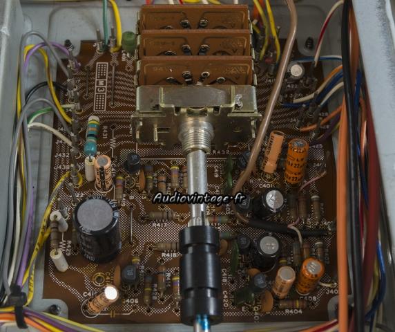 Marantz 2238B : étage phono à réviser.