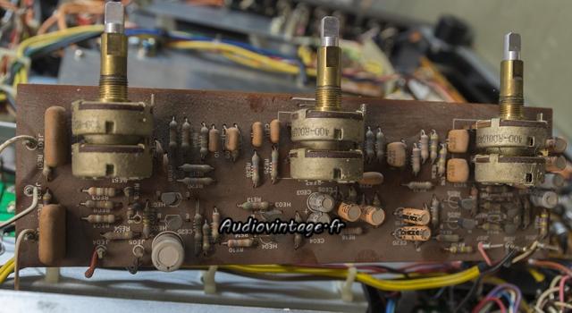 Marantz 2240 : circuit de tonalité à revoir