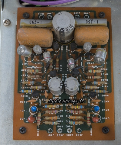 Marantz 3200 : circuit phono à revoir.