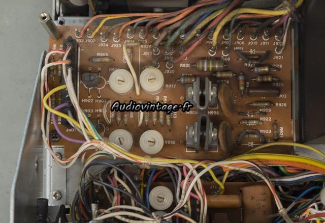 Marantz 4400 : circuit oscillo à revoir.