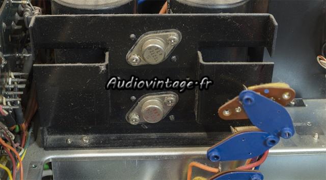 Marantz 4400 : les diodes de redressement originales.