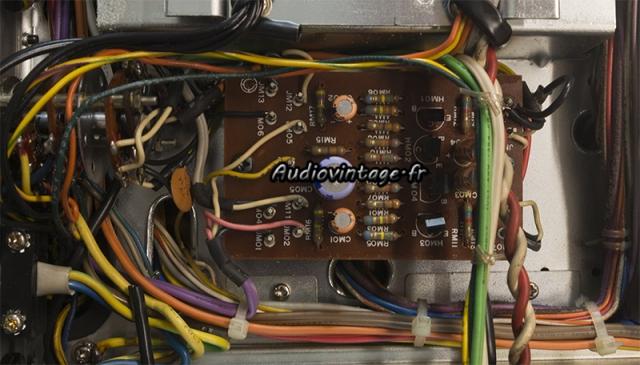 Marantz 4400 : circuit phase convertor à revoir.