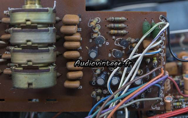 Marantz 4400 : circuit diode matrix à réviser.