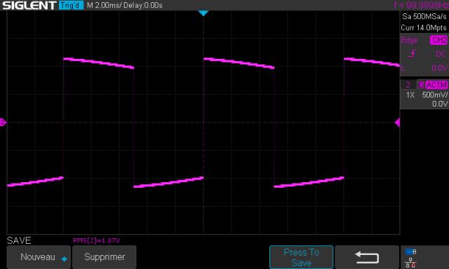 Marantz 3800 : signal-carré-à-100hz