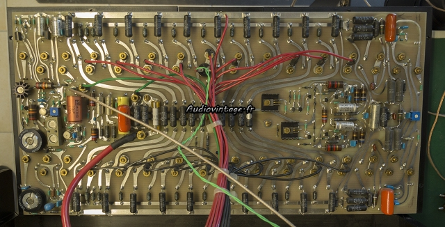 Mark Levinson ML-3 :  circuit gauche à réviser.